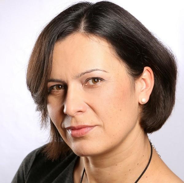 Joanna GWIAZDOWSKA-ROKITA