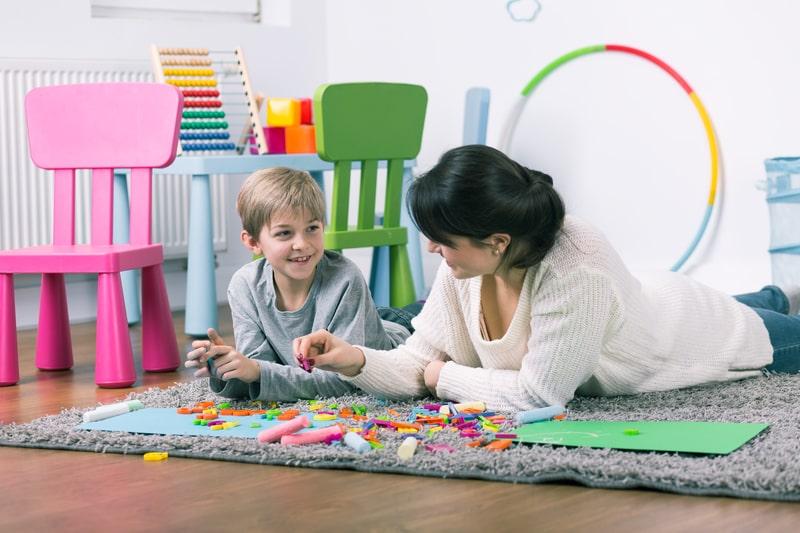 Psycholog i psychiatra dziecięcy