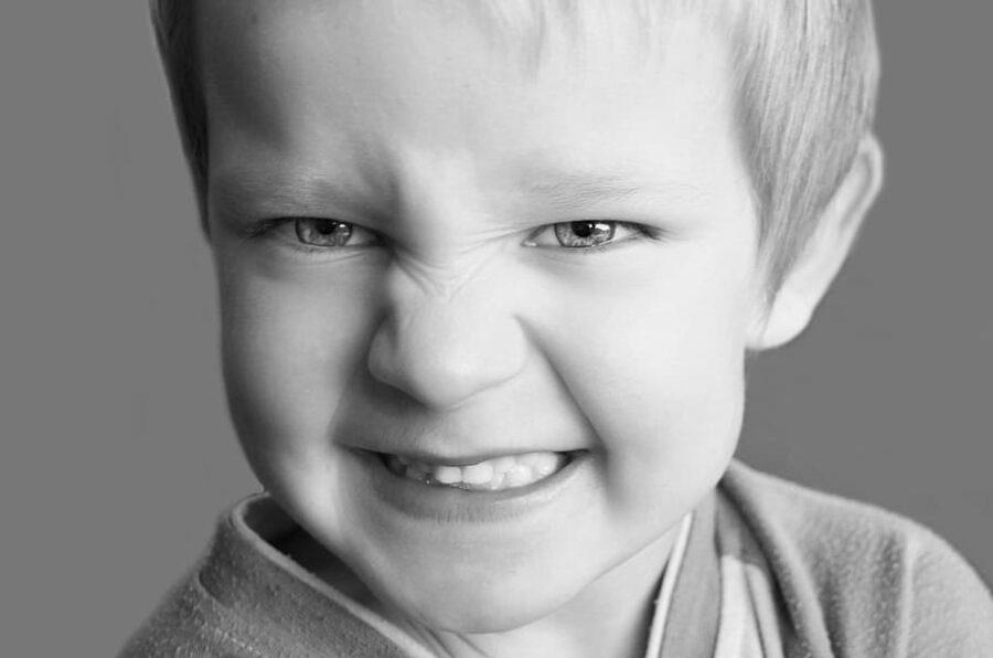 agresja u dziecka co robić