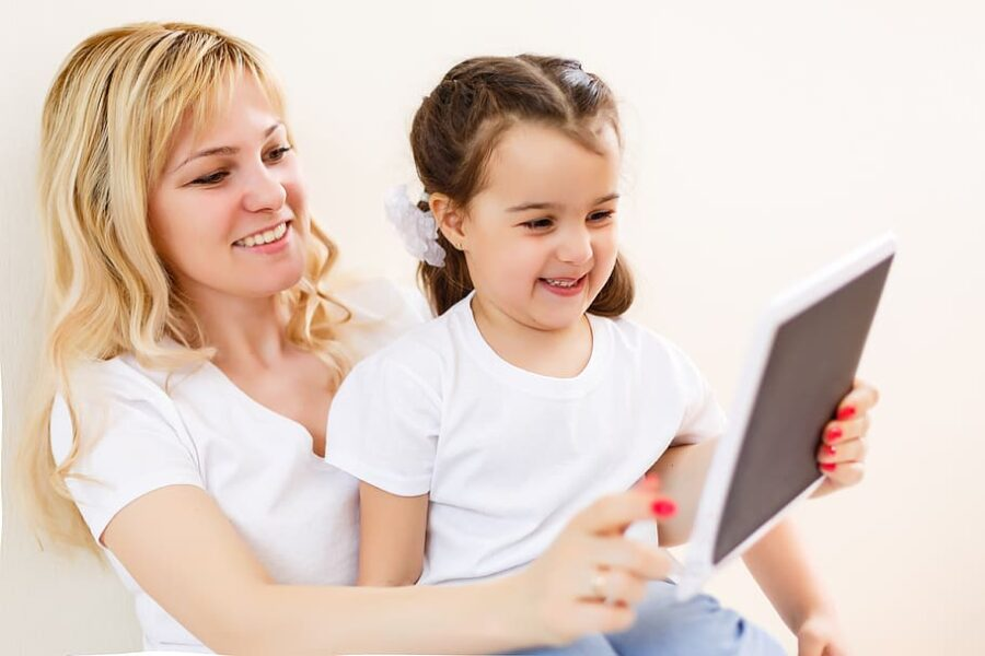 dziecko rodzice internet rozmowa