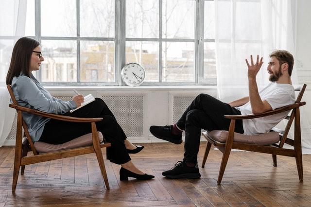 terapia psycholog rozmowa ludzi