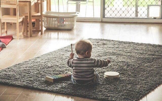 Jak psychicznie i umysłowo rozwija się dziecko w wieku 0-3 lat?